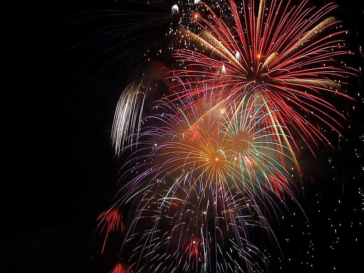 Beautiful and hazardous: fireworks should only be handled and fired according to safety guidelines